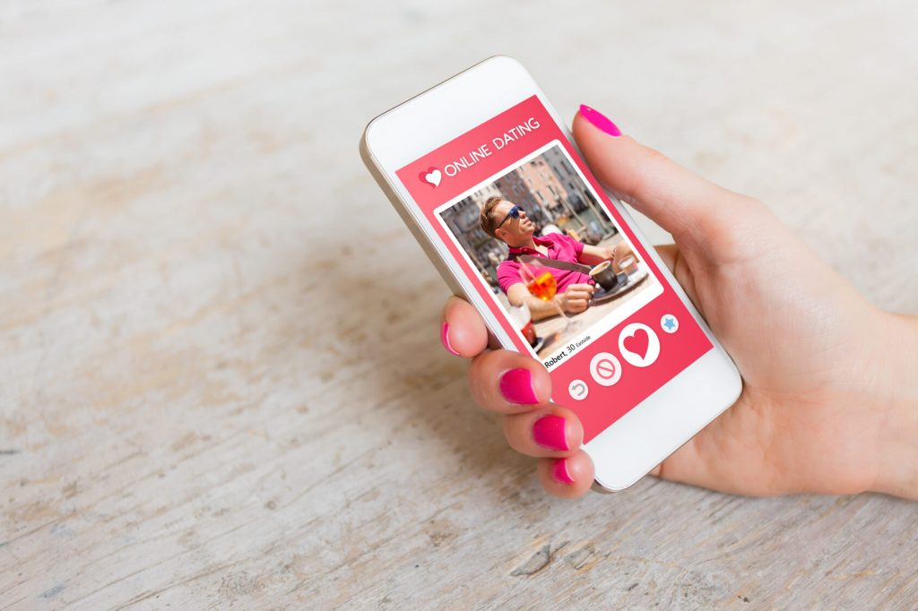 Tinder payant : que valent les versions payantes de cette application de rencontre ?