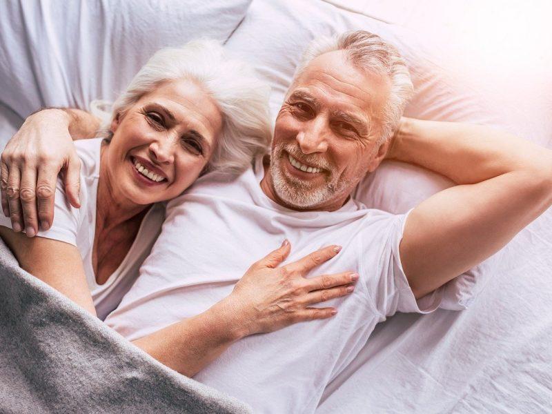 5 raisons de passer par des sites de rencontre senior
